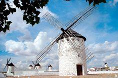 Molinos de viento en La Mancha.