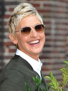 Ellen Degeneres Short Hair Cut - Celebrity Short Hair Styles - Seventeen