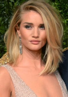 awesome Rosie Huntington-Whiteley Barely Avoids Wardrobe Malfunction by http://www.top10-haircuts.space/haircuts/rosie-huntington-whiteley-barely-avoids-wardrobe-malfunction/