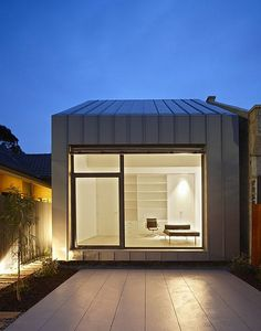 Contemporary House by Studio Architecture Gestalten in the Suburbs of Melbourne