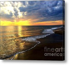 Limited Time Promotion: Majestic Sunset Stretched Canvas Print