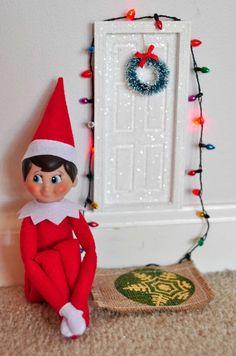 Elf on the Shelf playing Xbox.elf on the shelf ideas, Creative & unique elf ideas, shower curtain of the.Elf On the Shelf Ideas, Easy Elf On The Shelf Ideas.Even elves need to shower. Elf On The Shelf, Shelf Elf, Bad Elf, Elf Auf Dem Regal, Elf Door, Elf Movie, Santa's Little Helper, Fairy Doors, Bird Toys