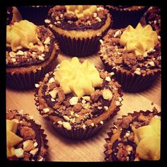 golden gaytime by mhcupcakes