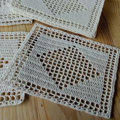 32 Best Ideas for crochet braids color etsy Filet Crochet, Crochet Cross, Thread Crochet, Hand Crochet, Crochet Stitches, Crochet Placemats, Crochet Doilies, Crochet Flowers, Afghan Crochet Patterns