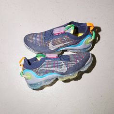 Nike Air Vapormax 2020 Flyknit Royal Blue / Multicolor Credit : Size — #nike #vapormax #sneakerhead #sneakersaddict #sneakers #kicks #footwear #shoes #fashion #style Latest Sneakers, Women's Sneakers, Custom Sneakers, Custom Shoes, Sneakers Fashion, Footwear Shoes, Foot Locker, Nike Air Vapormax, Royal Blue