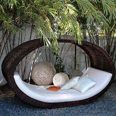 Fancy Wicker Furniture Wicker pieces are timelessly captivating. Generate a delightful and fantastic wicker furniture to finish your backyard. Daybed Outdoor, Outdoor Rooms, Outdoor Gardens, Outdoor Living, Outdoor Decor, Outdoor Seating, Outdoor Lounge, Small Gardens, Indoor Outdoor