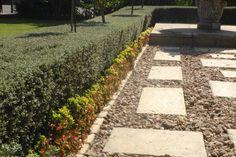 39 best tuin uitleg idees images backyard patio garden path