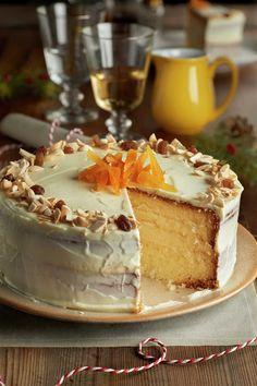 paso_a_paso_para_realizar_tarta_de_crema_de_queso_y_turron_resultado_final Sweet Recipes, Cake Recipes, Queen Cakes, Pan Dulce, Muffins, Almond Cakes, Pastry Cake, Dessert Drinks, Fancy Cakes