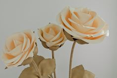 Giant Paper Flowers, Big Flowers, Wedding Flowers, 1 Rose, Gold Spray Paint, Foam Roses, Boho Wedding Decorations, Special Flowers, Flower Backdrop