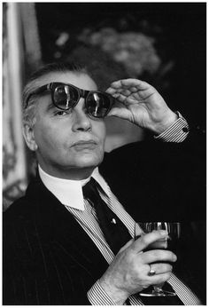 5f592d0e06 Karl Lagerfeld without the glasses! Coco Chanel