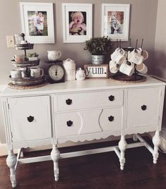 New farmhouse dining buffet coffee stations ideas Dining Room Decor dining room buffet decor Decor, Sideboard Decor, Farmhouse Dining, Dining Room Design, Home Decor, Buffet Table Decor, Dining Room Decor, Farmhouse Table Decor, Dining Room Buffet Table Decor