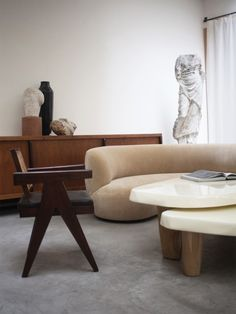 4 Simple and Crazy Ideas Can Change Your Life: Contemporary Cafe Stools contemporary apartment living room.Old Contemporary Home. Contemporary Apartment, Contemporary Bedroom, Contemporary Furniture, Contemporary Chandelier, Contemporary Garden, Contemporary Architecture, Contemporary Building, Kitchen Contemporary, Contemporary Wallpaper