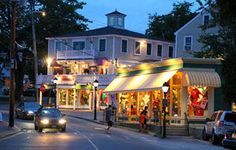 Kennebunkport maine has great boutique shopping http://www.visitmaine.net/page/5/tour-the-coast - arts, crafts, jewelry, candles