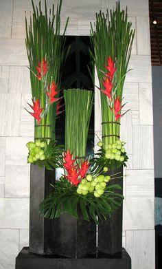 http://heliconia-bali.com/img_ku_de_ta/arrangement/besar/5.jpg