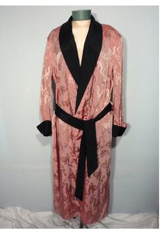 ad5531d4e4 Vintage 1950 s Men s Dressing Gown Robe Made By Pilgrim from  myvintageclothesline on Ruby Lane 1950s