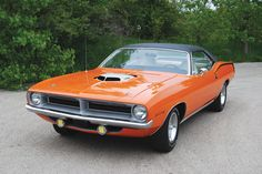 Among 'Cudas, the Hemi was king of the streets and quickly became legendary for its performance and rarity.