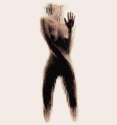"""""""Naked Silhouette Alphabet"""", une typographie très suggestive imaginée par l'artiste grecque Anastasia Mastrakouli, qui utilise des corps féminins nus subtilement cachés derrières une vitre humide pour tracer les lettres de l'alphabet…"""