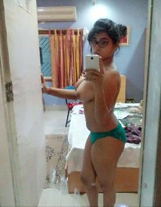 Pure desi indian milf body show