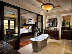 High-End Homes Appointed With High-End Tubs | Zillow Blog