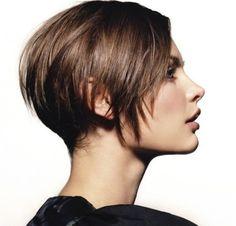 30 Short Hairstyles for Women: Jagged Cut Hair