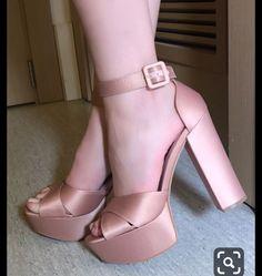 Pretty Heels, Beautiful High Heels, High Shoes, Platform High Heels, Cute Shoes, Me Too Shoes, Kawaii Shoes, Wedding Shoes Heels, Fashion Design Sketches