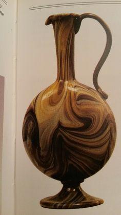 Brocca in vetro calcedonio con piede ad ansa applicati. Lorenzo Radi utilizza tecniche famose usate a Murano nei secolo precedenti circa 1856