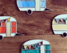 Articoli simili a Stained Glass Lotus Tea Light Holder su Etsy - Stained glass vintage caravan - Stained Glass Ornaments, Stained Glass Suncatchers, Stained Glass Designs, Stained Glass Projects, Fused Glass Art, Stained Glass Patterns, Stained Glass Art, Stained Glass Windows, Mosaic Glass