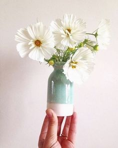 So love seeing my work in other people's feeds. Belinda (who makes beautiful contemporary jewellery) shared this sweet photo - thanks @wildacre! ・・・ Garden cosmos in my new favourite vase by the brilliant @ceramicmagpie