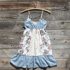 Flour Sack Dress, $48 Cute Dresses, Summer Dresses, Flour Sack Towels, Well Dressed, Crop Tops, Sewing, My Style, Hair Styles, Clothing