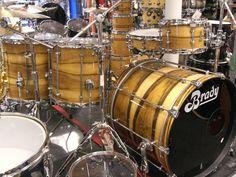 BRADY Jarrah Ply / Blackheart gloss drum kit at Musikhaus Hieber Lindberg in Munich, Germany.