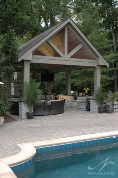 Firstly, you need to pick the place within the garden or patio area, where you want to position your outside furniture and glider. Pool House Designs, Backyard Patio Designs, Outdoor Rooms, Outdoor Living, Outdoor Decor, Swimming Pools Backyard, Lap Pools, Indoor Pools, Pool Decks