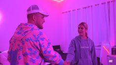 Merging Lines Between Apparel, Art & Sport. Jake Paul Team 10, Logan Paul, Jake Paul Videos, Future Girlfriend, Celebrity Hairstyles, Girlfriends, Streetwear, First Love, Celebrity Style