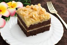 Chantilly Cake is one of the absolute best cakes in the world. Found only in Hawaii. If you've read my post I'm Dreaming of Cakes, you'll kn...