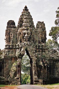 "Angkor Wat ( អង្គរវត្ត ), Angkor ( អង្គរ / ""Holy City""), Siem Reap Province ( សៀមរាប ), Kingdom of Cambodia ( ព្រះរាជាណាចក្រកម្ពុជា )"