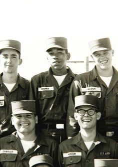 Jimi Hendrix with his fellow Army troopers of the 101st Airborne Division in1961.