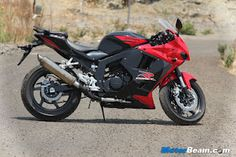 """AutoMobile Technology: Hits On Road 2012 the All New """"Hyosung GT 250r"""""""
