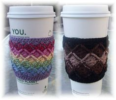 CraftyAnna: Free Crochet Pattern: Mug Cozy . I have never heard of Bavarian Crochet before Crochet Coffee Cozy, Crochet Cozy, Crochet Gratis, Love Crochet, Thread Crochet, Crochet Style, Ravelry Crochet, Bavarian Crochet, Coffee Cozy Pattern