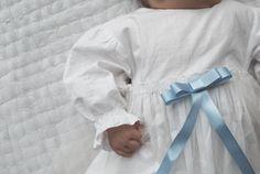 Viime viikonloppuna meillä siis juhlittiin pienemmän pojan ristiäisiä. Kastejuhla vietettiin täällä meidän uudessa kodissa. Kastehe...