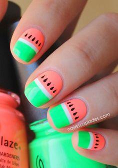 Nail Art d'été à motifs pastèque aux couleurs fluo - Marie Claire