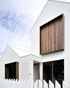 Obtain redirected right here Exterior House Remodel House Cladding, Exterior Cladding, House Siding, Facade House, Weatherboard Exterior, House Exteriors, Facade Design, Exterior Design, House Design