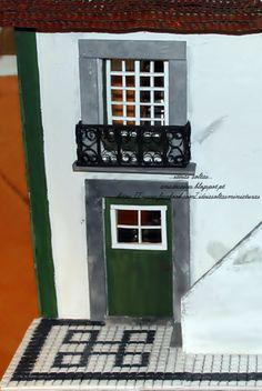 Mini calçada portuguesa <3 https://www.facebook.com/ideiasoltasminiaturas http://anadecaires.blogspot.pt/