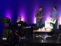 @wittertainment @jasonsfolly I love how Mark has flappy hands even when eating cake. Splendid show, thank you. pic.twitter.com/Ks9VXZOB8Y