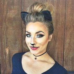Amazing animal makeup looks that you can easily rock this Halloween . - Amazing animal makeup looks that you can easily rock this Halloween – Black Cat – amazing anima - Chat Halloween, Cat Halloween Makeup, Halloween Makeup Looks, Halloween Photos, Black Cat Halloween Costume, Cat Costume Kids, Cat Costume Makeup, Super Easy Halloween Costumes, Black Cat Costumes