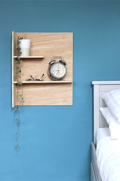 How to make a simple set of DIY plywood bedside shelves without the need for any fixings, all you need it Gorilla Wood Glue