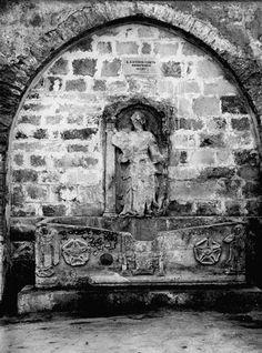 ΚΡΗΝΗ ΣΑΓΚΡΕΝΤΟ  H κρήνη κτίστηκε από το Δούκα της Κρήτης Τζιοβάνι Σαγκρέντο, μεταξύ 1602-1604
