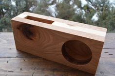 iPhone Acoustic Amplifier Speaker - Rustic Hickory and Reclaimed Pine - The Lazy Dog Woodshop Iphone Holder, Cell Phone Holder, Woodworking Projects Plans, Diy Woodworking, Maker Labs, Wood Projects, Projects To Try, Wooden Speakers, Diy Pallet Furniture