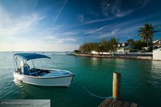 The harbour side of Harbour Island, Bahamas
