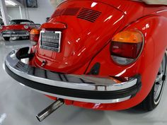 Fusca German Look, Car Bazaar, Volkswagen, Vw Super Beetle, Beetle Convertible, Vw Beetles, Classic Cars, Vw Bugs, Peta