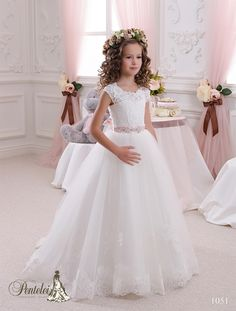 Beautiful Girls Dress 2016 Kids Wedding Dresses With Cap Sleeves Jewel Neck Appliques Tulle Ball Gown Flower Girls Dresses For Weddings With Beads Sash & Lace Up Black And Red Flower Girl Dresses From Nicedressonline, $92.57  Dhgate.Com