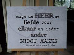 In opdracht gemaakt door Tineke de Raat, canvas met trouwtekst.